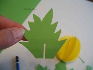 Blätter mit Aussparung