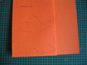 Blatt mit Bleistift aufzeichnen