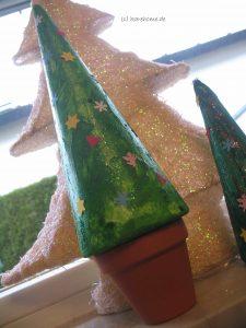 Weihnachtsbaum aus Styropor