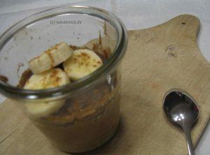 veganer Bananenkuchen mit Erdnussbutter