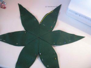 Blätterkränze zusammennähen