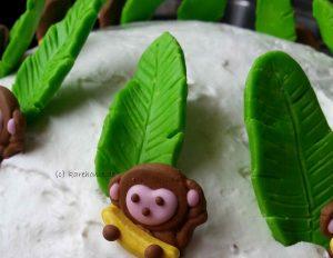 Blätter aus Modellierschokolade