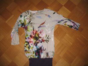 Shirt mit Bündchen verlängert