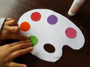 Kreise aufkleben