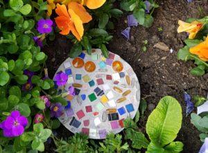 Beton-Dekostein für den Garten