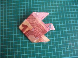 fertig gefalteter Geldfisch
