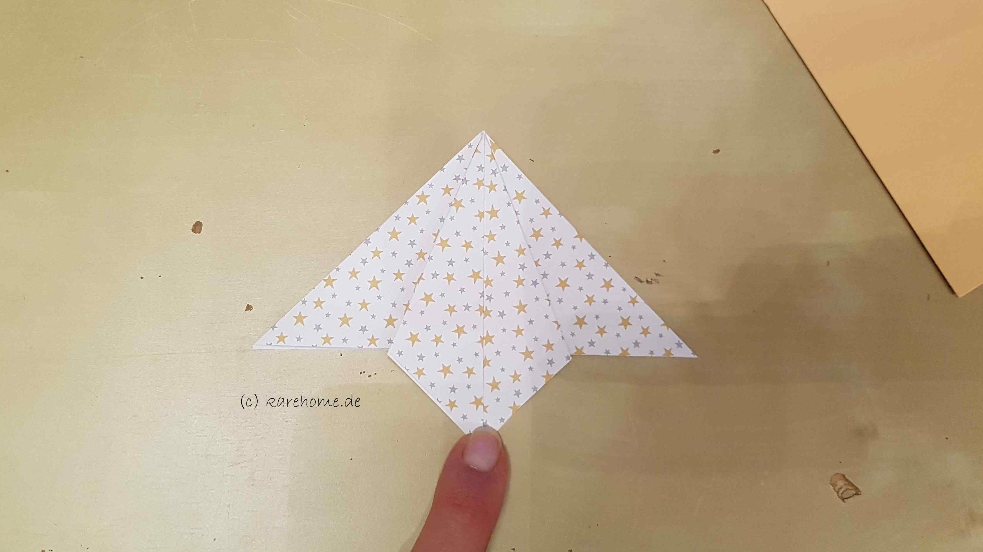weihnachtskarte mit origami weihnachtsbaum karehome. Black Bedroom Furniture Sets. Home Design Ideas
