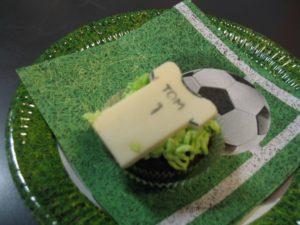 Sicher transportierte Fußball-Cupcakes