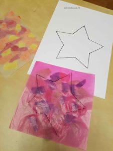 Stern auf das Transparentpapier übertragen