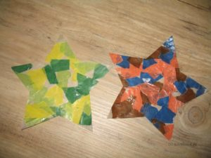 fertige Sterne aus Transparentpapier